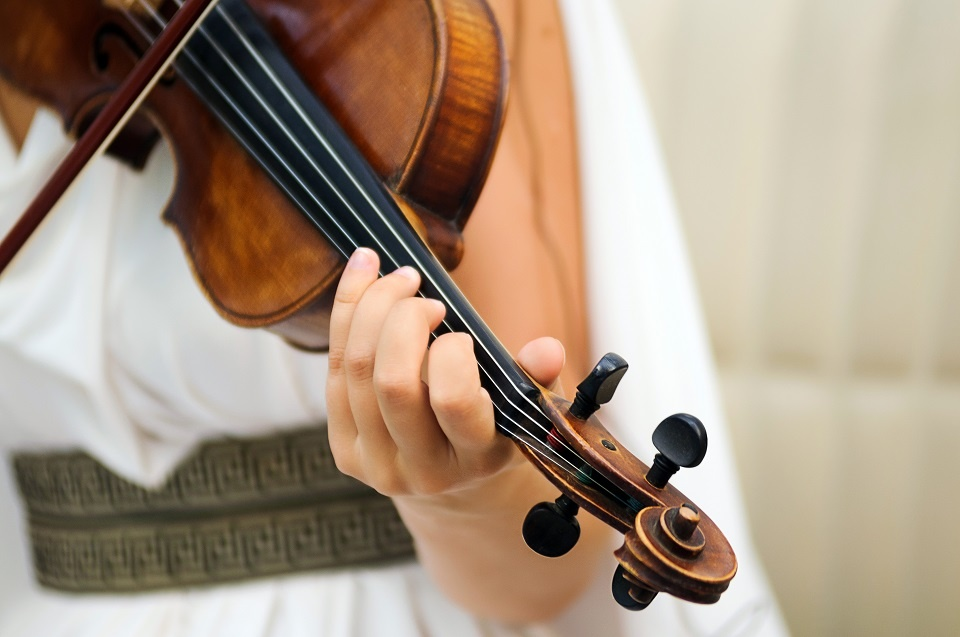 A Passion for Violins | Laval Families Magazine | Laval's Family Life Magazine