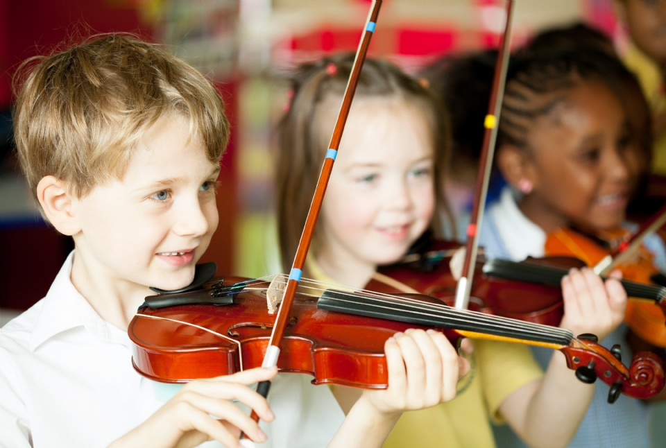 Discover and Nurture Your Child's Musical and Artistic Potential | Laval Families Magazine | Laval's Family Life Magazine