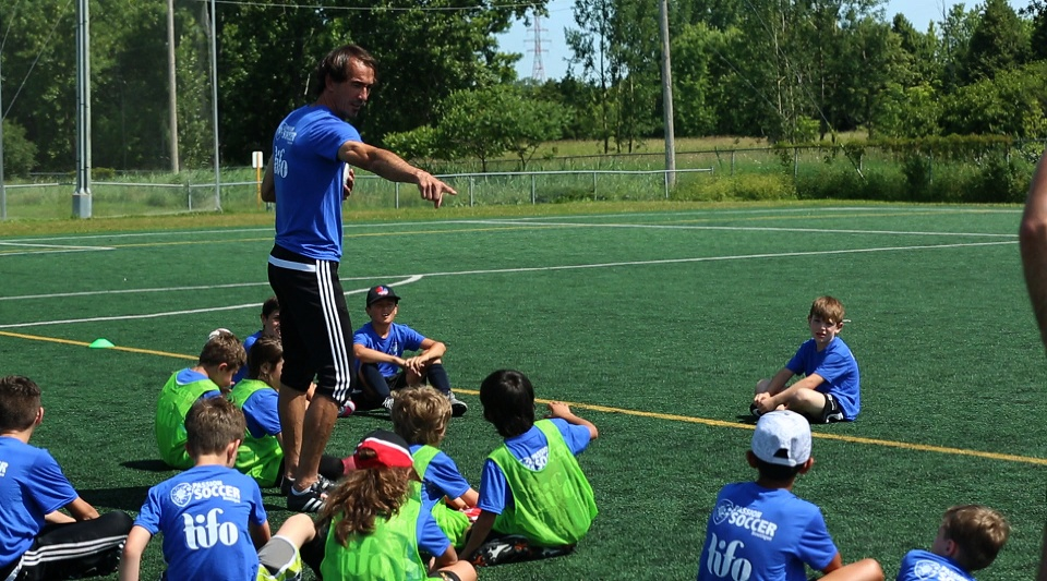 Why choose a sports camp for your child? | Laval Families Magazine | Laval's Family Life Magazine